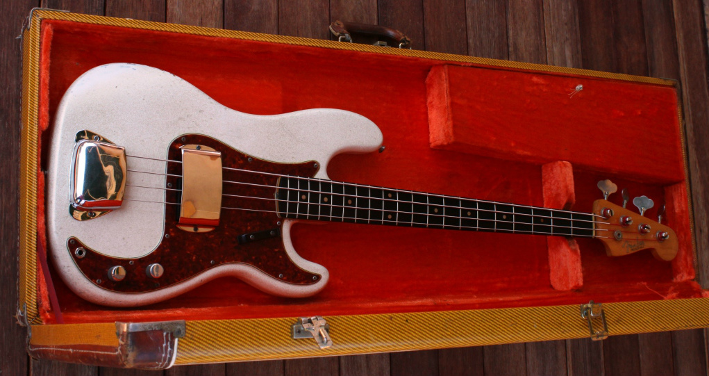 Fender Precision Bass