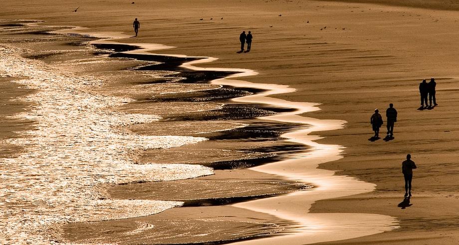 rhythm-beach-waves.jpg
