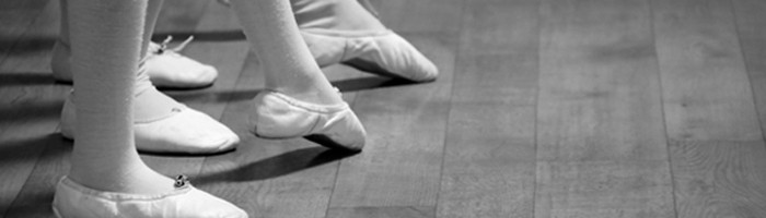 salsa-footwork-700x200.jpg