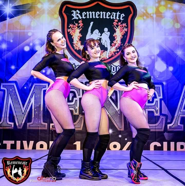 Яворская и ее девочки на конгрессе RemeneateInternational Salsa Congress